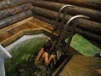 купание на источнике